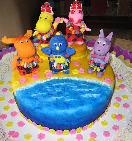Party supplies backyardigans cake toppers image search results for Backyardigans party decoration