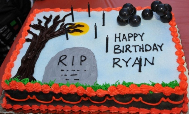 Outstanding Halloween Birthday Cakes Halloween Cakes Halloween Party Personalised Birthday Cards Veneteletsinfo