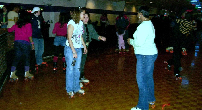 Hosting a Kids Party at a Bowling Alley, Skating Rink, or Arcade