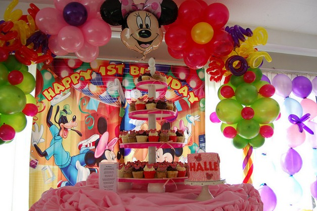 Mickey Mouse Party Decorations Dining Room Design