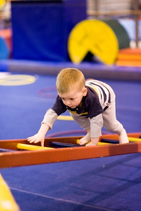 boy obstacle course games