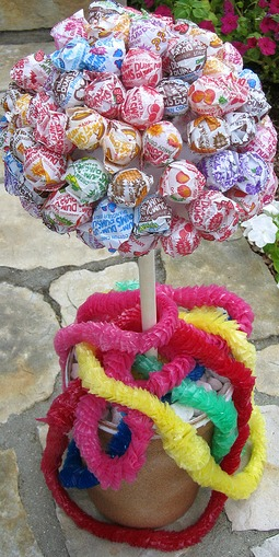 candy party topiary