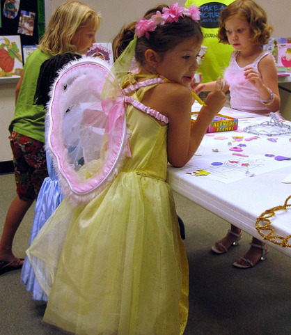 glamour girl birthday party dress up