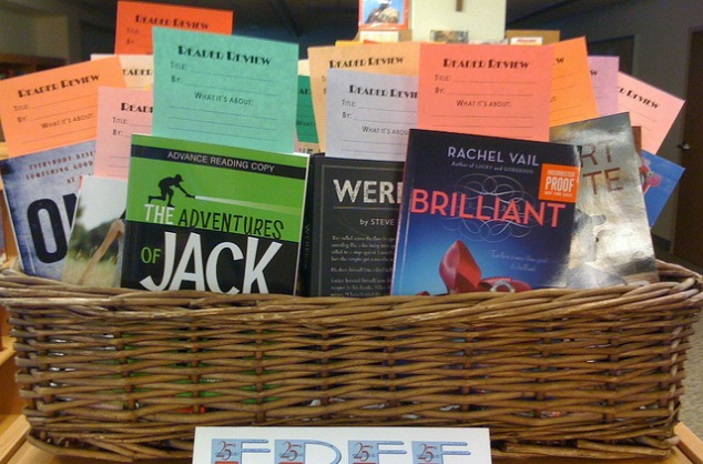 Gift ideas for a reader eskayalitim reader gift basket negle Choice Image