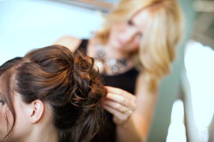 sweet 16 dresses hair