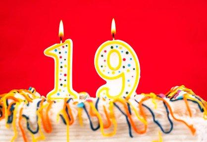 19th birthday cake
