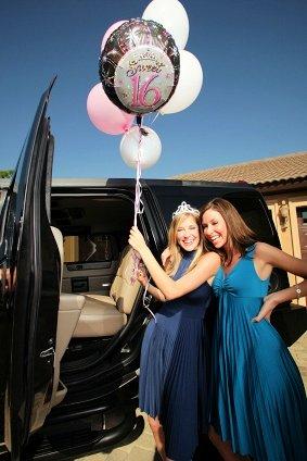 sweet 16 limo